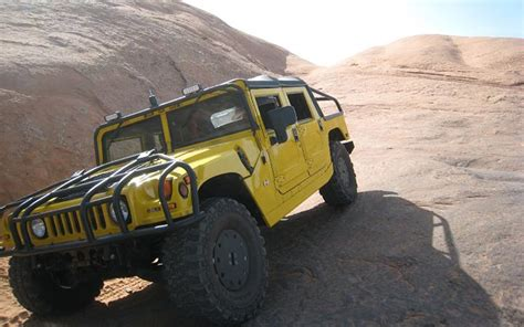 how petrol cars work 2006 hummer h1 parking system buzzdrives com 30 immortal vehicles that will survive a trip across the desert