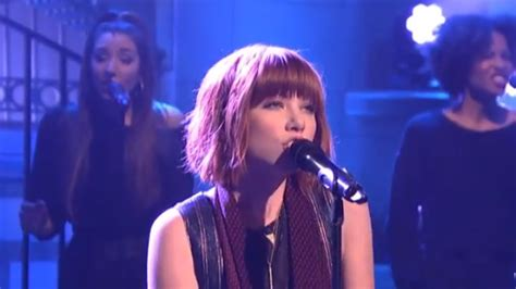carly rae jepsen snl watch carly rae jepsen performs her new song all that