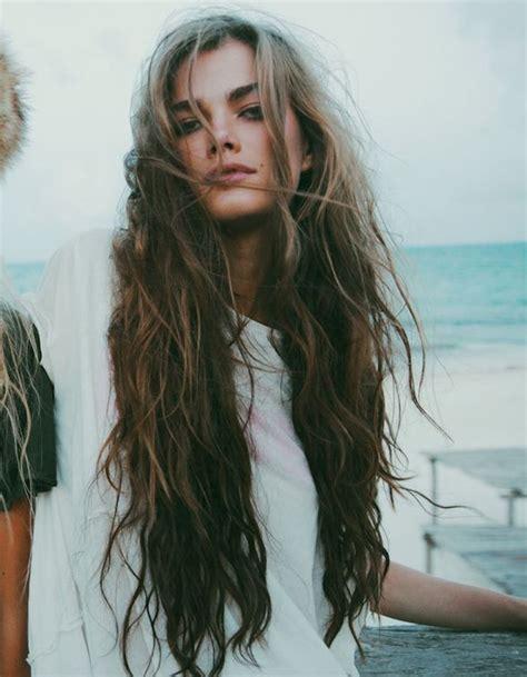 Look Cheveux by Cheveux Longs Boucl 233 S Coiffure Cheveux Longs 78 Coupes