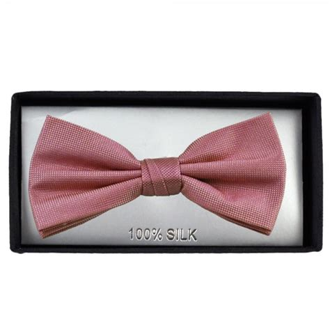light pink bow tie plain light pink silk bow tie from ties planet uk