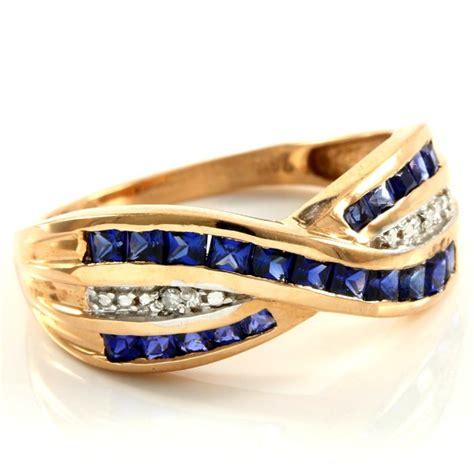 10 40 Ct Sapphire 14 kt gold 0 40 ct created sapphire 0 01 ct diamonds
