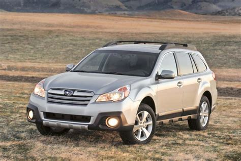 look 2013 subaru legacy and outback