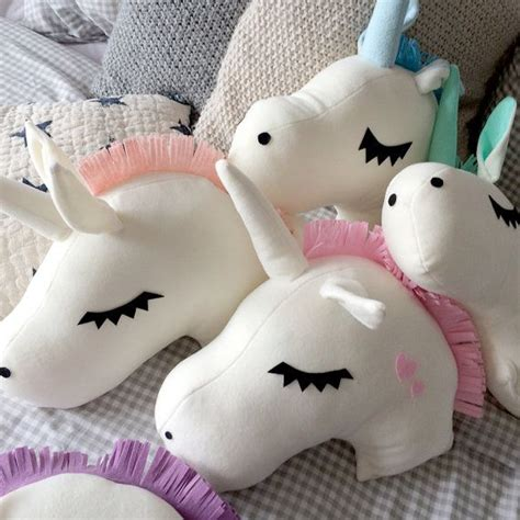 1000 ideas about pillows for on