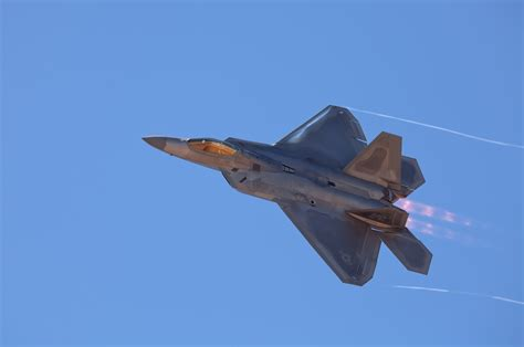 lockheed martin help desk lockheed martin f 22 raptor computer wallpapers desktop