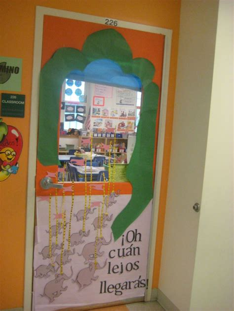 oh cuan lejos llegaras 48 best images about read across america door decorating contest on are you my