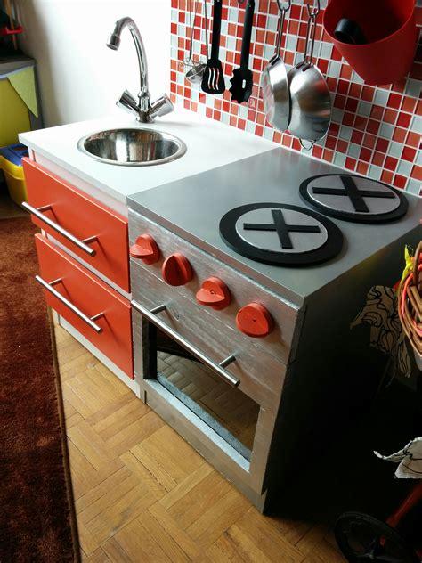 faire cuisine enfant diy construire une cuisine pour enfant sur une base ik 233 a