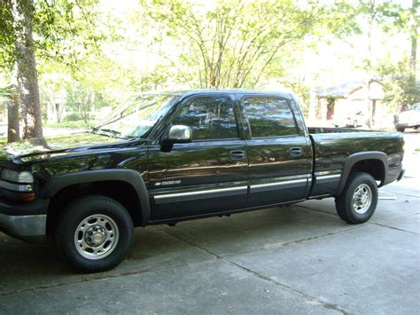 2002 chevrolet silverado 1500hd information and photos