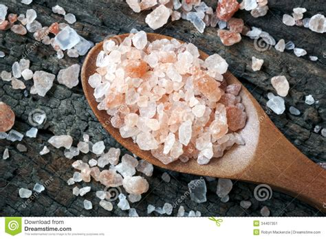 what is a salt rock l pink himalayan rock salt stock image image 34407351