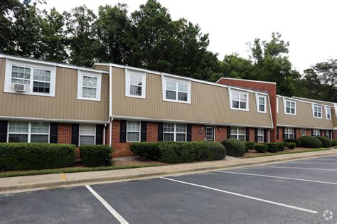 one bedroom apartments in williamsburg va stratford at williamsburg apartment homes rentals