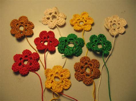 non fiori all uncinetto fiori all uncinetto donna accessori di filo feltro e