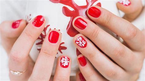 2018 christmas nails theme easy nail designs to spice up season styleglow