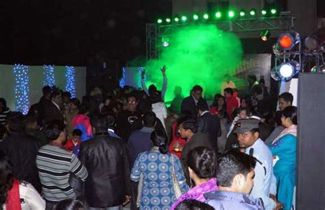 new year in kolkata 2014 new year 2014 places in kolkata best places events