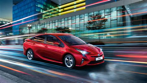 toyota stirling prius models features arnold clark stirling