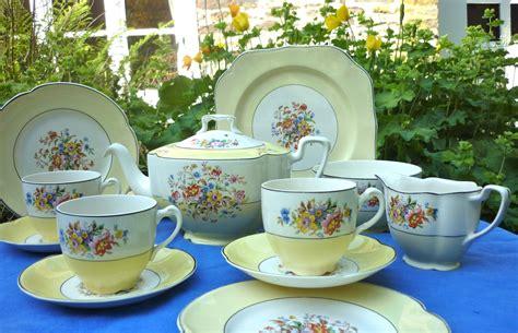 Yellow Bros johnson brothers vintage yellow tea set