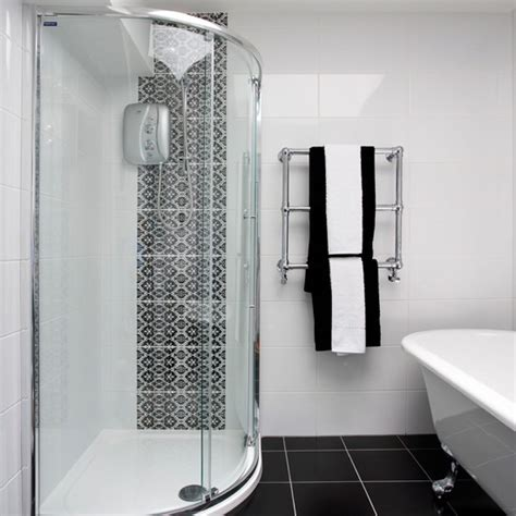 Monochrome Bathroom Ideas Black And White Bathroom With Patterned Tiles Bathroom Decorating Housetohome Co Uk