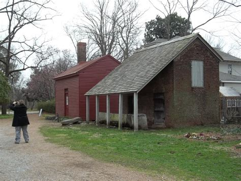 carter house franklin tn franklin tn office and smoke house at carter house photo picture image tennessee