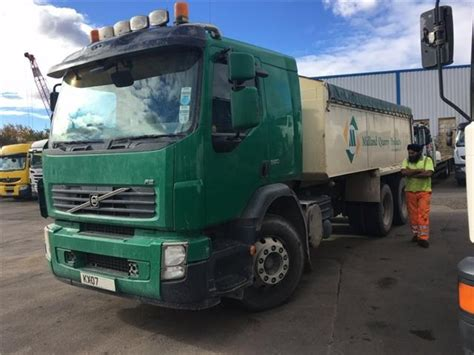 volvo tipper vehicles commercial motor
