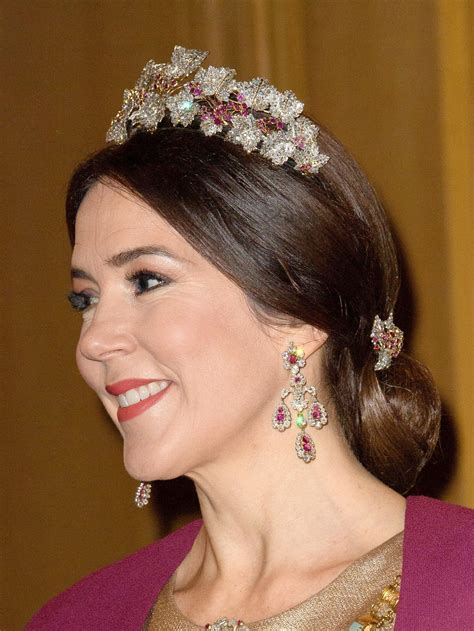 princess mary hairstyles how to rock hairstyles with a tiara like a fashionista