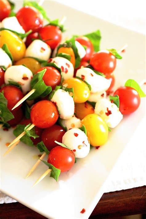 caprese skewers 1 pint cherry tomatoes 1 pint yellow tomatoes 1 pound fresh ciliegine or other