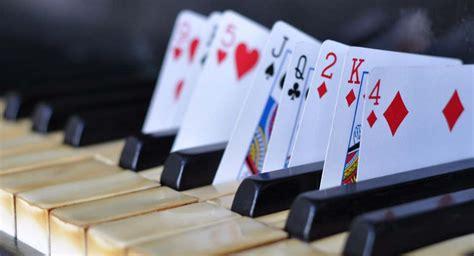 trinkspiele für zuhause 10 geniale geschicklichkeitsspiele f 252 r erwachsene teil 1