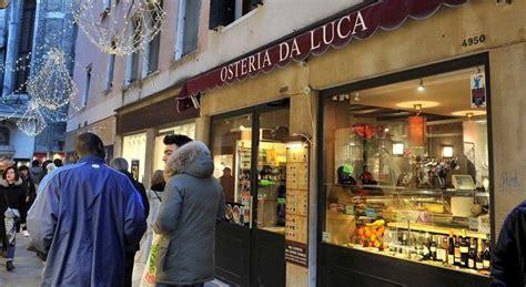 cameriere venezia venezia il cameriere quot vi racconto la verit 224 sul conto da