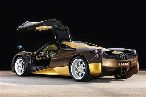 pagani huayra gold gold and brown pagani huayra headed to japan