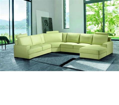 bonded leather sectional dreamfurniture com 2253 modern bonded leather