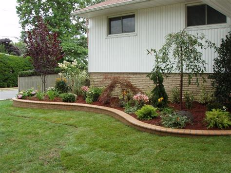 Cheap Landscaping Ideas Backyard Inexpensive Front Yard Landscaping Ideas Garden Post