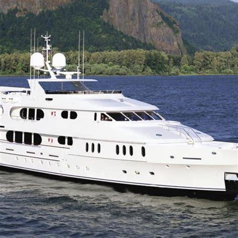 yacht elisa elisa yacht video christensen video