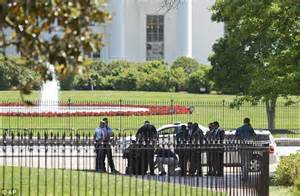 parking near the white house man detained for trying to fly drone over white house daily mail online