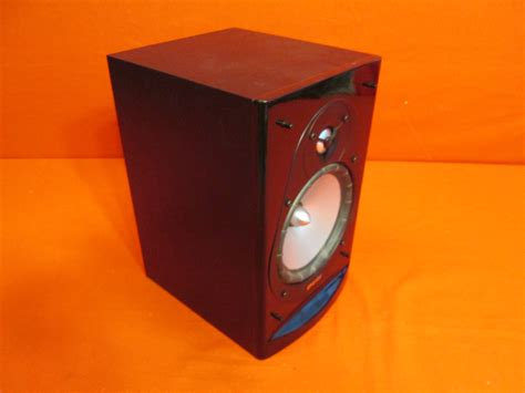 broken energy cb 20 bookshelf speaker black