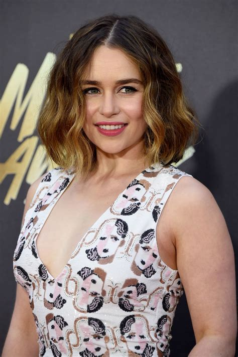emilia clarke emilia clarke at 2016 mtv movie awards in burbank 04 09