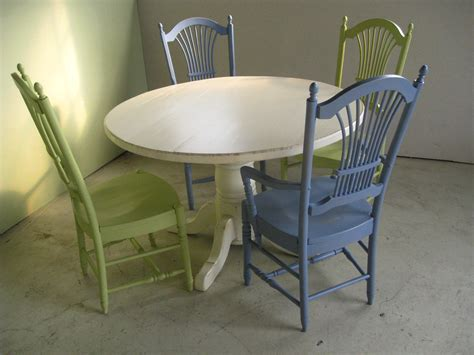 48 Inch Round Farm Table in White   Lake and Mountain Home
