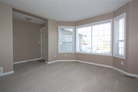 Painting Doors And Trim Different Colors by Interior Professional Painting Nanaimo Bc Parnell
