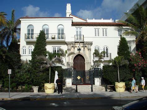 panoramio photo of versace 180 s house miami