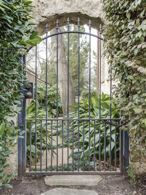 Iron Garden Gates by Best 25 Iron Garden Gates Ideas On Wrought
