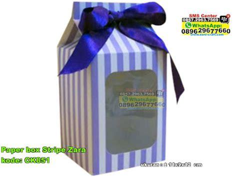 Dompet Zara Kipas paper box stripe zara souvenir pernikahan