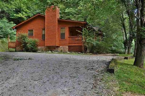 Secluded Cabins Smoky Mountains by Ridge Cabin Golden Cabins