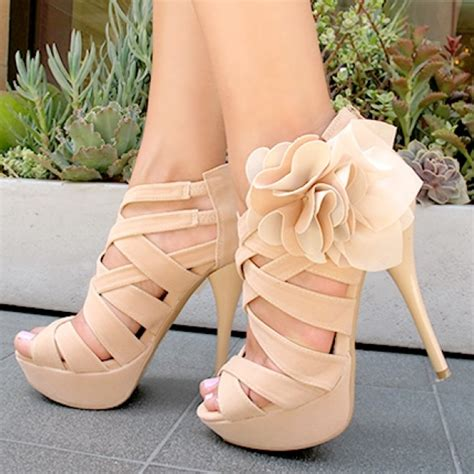 high heels with flowers the 20 most commented and liked shoe photos of december 2013
