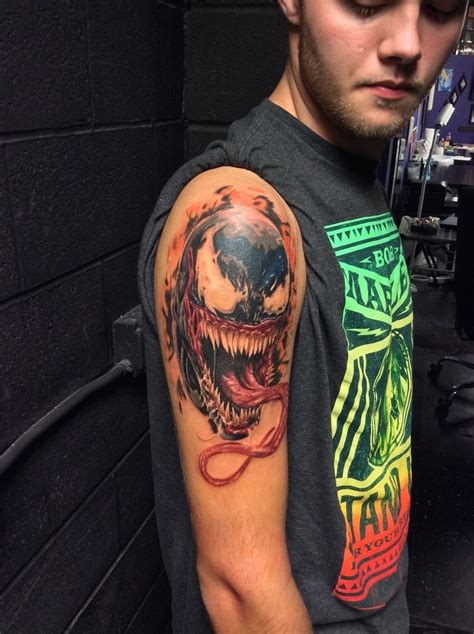 venom tattoo drag to resize or shift drag to move
