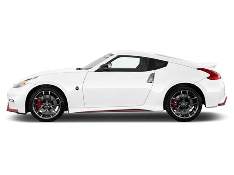 Image: 2015 Nissan 370Z 2 door Coupe Auto NISMO Side