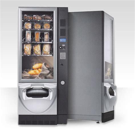 distributori automatici alimenti distributori automatici di panini a vicenza italcaff 232