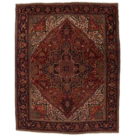 Antique Looking Area Rugs Antique Heriz Area Rug With Traditional Modern Style For Sale At 1stdibs