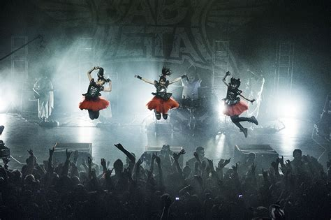 Babymetal Concer Band an with babymetal bow to your kitsune