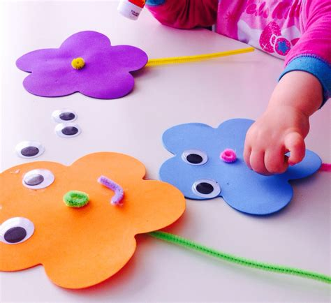 easy crafts foam flowers easy toddler crafts