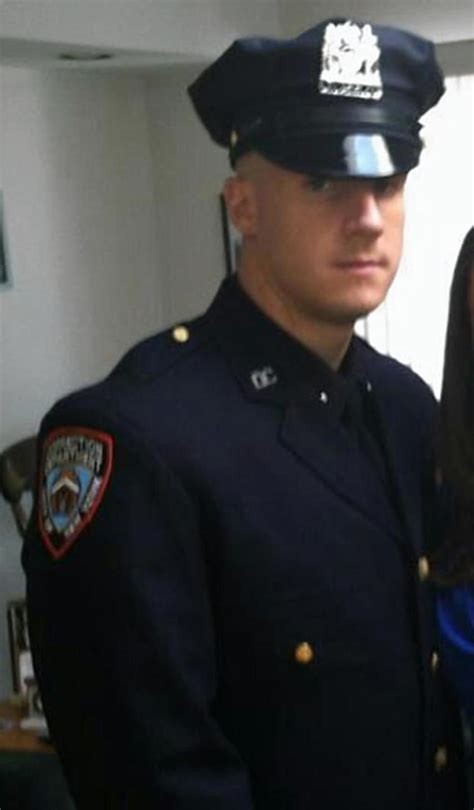 Nyc Correction Officer of killed in skydiving reels loss