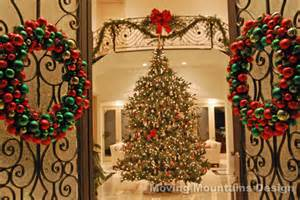Beautiful Christmas Homes Decorated by Holiday Home Staging And Decorating In Los Angeles