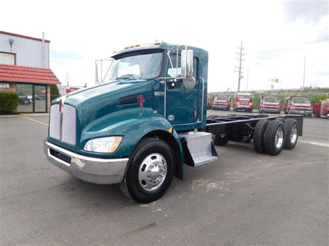 kenworth chassis for sale 2010 kenworth cab chassis trucks for sale used trucks on