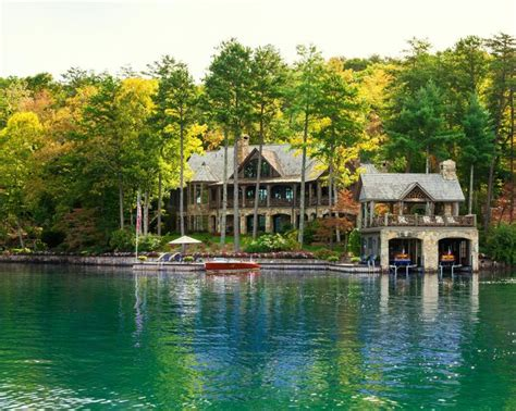 lake front house 1000 ideas about rustic lake houses on lake