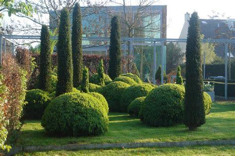Garten Gestalten Mit Eiben by Gr 252 Ne Skulpturen F 252 R Gro 223 E Und Kleine G 228 Rten